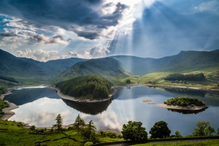 shutterstock-cumbria-lake-district-