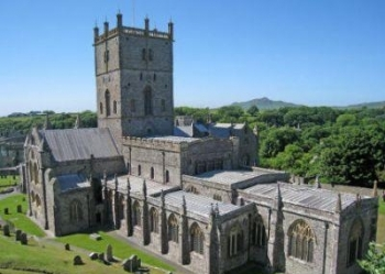 thumb_1844-st-davids-cathedral-2