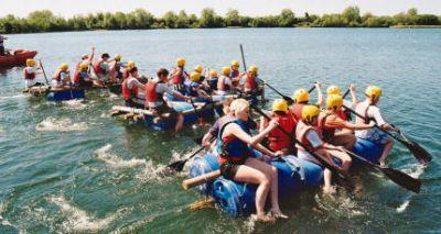 South Cerney Outdoor Adventure Centre Cirencester - Forth Image