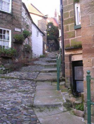 The Old School House Robin Hoods Bay Yorkshire - Forth Image