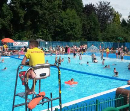 Droitwich Spa Lido Worcestershire - Second Image