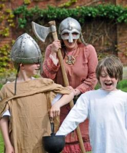 Viking Anglo Saxon Workshops for Schools UK - Forth Image
