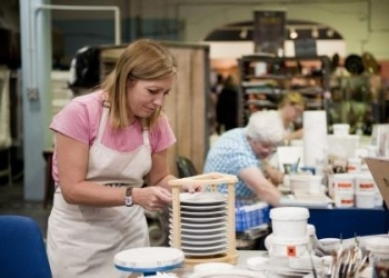 thumb_2233-poole-pottery-retail-outlet-2
