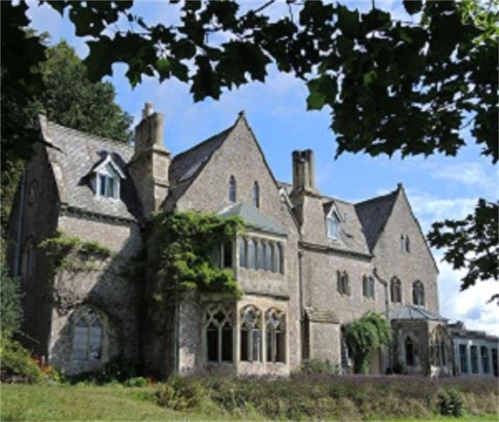 Monkton Wyld Court School Trip Residential Dorset - Forth Image