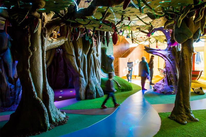 Discover Children's Story Centre School Trip Storytelling Stratford London - Third Image