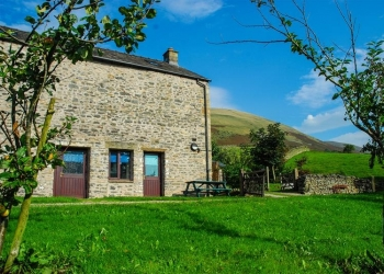 Howgills Barn School Trip Accommodation Cumbria - Main Image