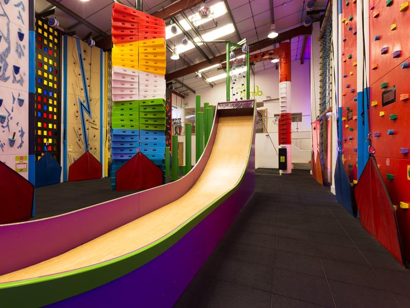 Clip 'n Climb Indoor Climbing Centre Chelsea - Forth Image