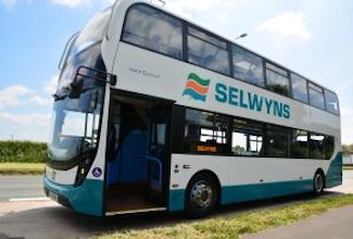 Selwyns Coaches Manchester - Forth Image