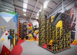 thumb_climbing-the-walls-physical-education-shrewsbury-1